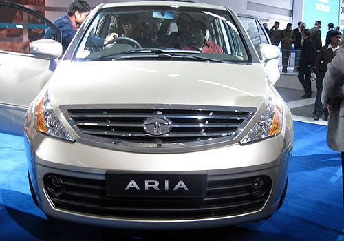 tata aria 7 seater multi purpose vehicle mpv Car Pictures