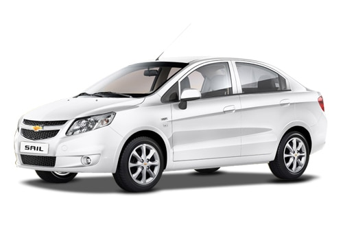 Chevrolet Sail White Color Pictures