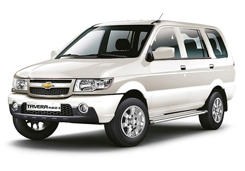 Chevrolet Tavera Moonbeam White Color