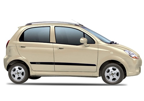 Best Car Chevrolet Spark 1 0 Lt Petrol With Specification And