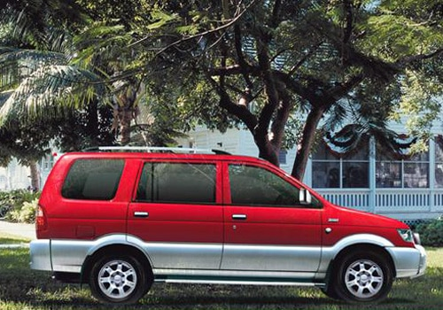 Chevrolet Tavera 2003-2007 Pictures
