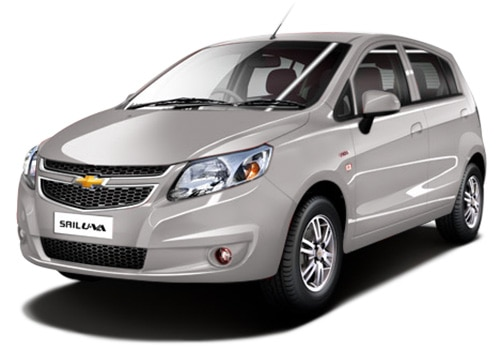 Chevrolet Sail Hatchback 2012-2013 Switch Blade Silver Color
