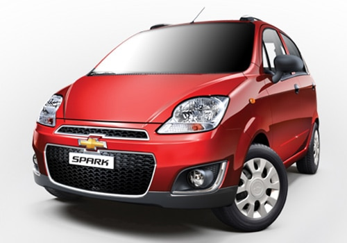 Chevrolet Spark Red Color Pictures