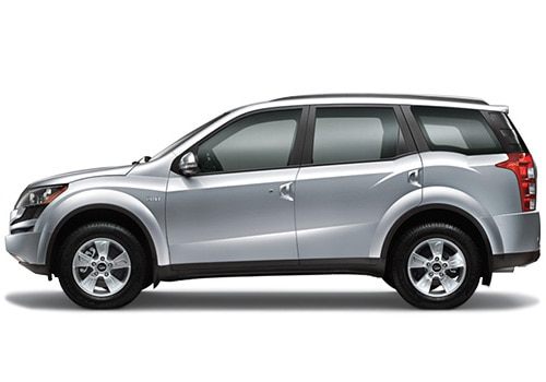 Mahindra XUV 500 Silver Color Pictures