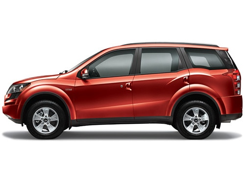 Mahindra XUV 500 Red Color Pictures