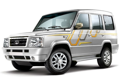 Tata Sumo Arctic White Color