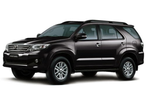 New Toyota Fortuner Black Color Pictures