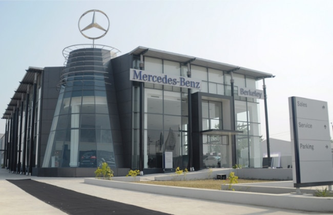 mercedes benz inaugurates new dealership in karnal haryana business standard news. Black Bedroom Furniture Sets. Home Design Ideas
