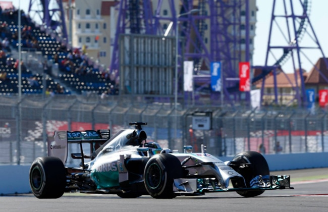 Hamilton wins the Russian Grand Prix, Rosberg Finishes Second