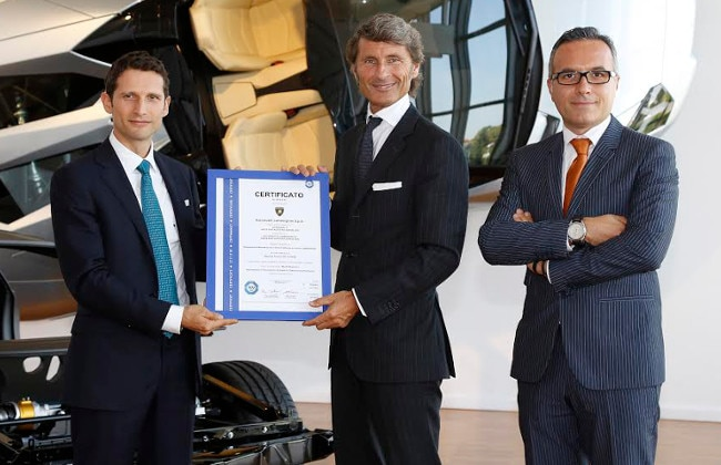 Lamborghini receives Industry first TÜV certified carbon fiber car repair service!