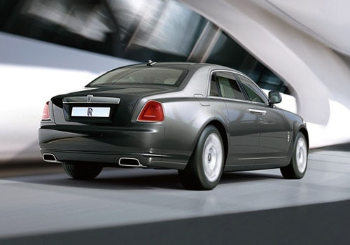 Rolls-Royce Ghost - Rear Cross Side View Exterior Photo