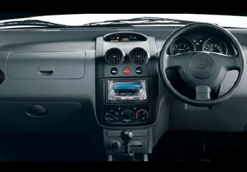 Chevrolet Aveo U-VA 1.2 - DashBoard Interior Photo
