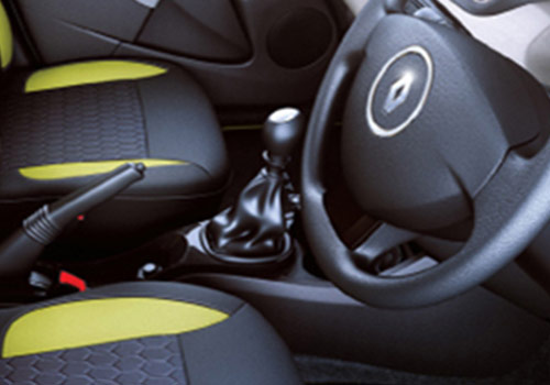 new renault duster 2012 2015 adventure edition gear shifter interior photo india. Black Bedroom Furniture Sets. Home Design Ideas