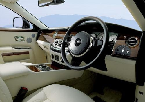 Rolls-Royce Ghost - DashBoard Interior Photo