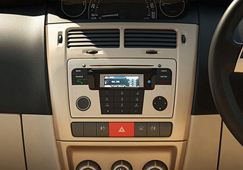 Tata Indica Vista TDI LX - Stereo Interior Photo