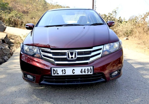 http://images.cardekho.com/images/road-test/Honda-City-1.5/Honda-City53.jpg
