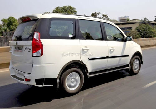 Mahindra Xylo Car Price List
