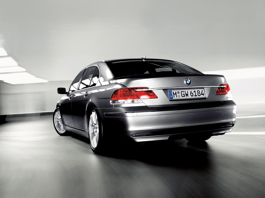 BMW 7 Series wallpapers in India