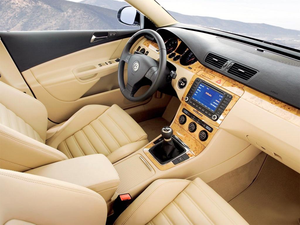 Фото 2005 Volkswagen Passat (Уни…