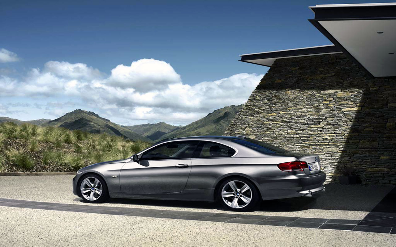 BMW 3 Series wallpapers in India