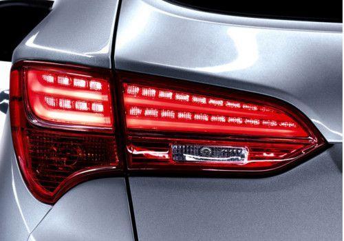 Hyundai Santa Fe 2WD MT Image