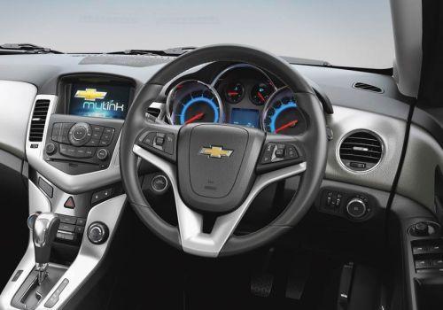 Chevrolet Cruze LT Image