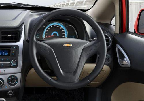 Chevrolet Sail 1.2 Base Image
