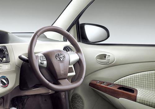 Toyota Etios Liva J Image