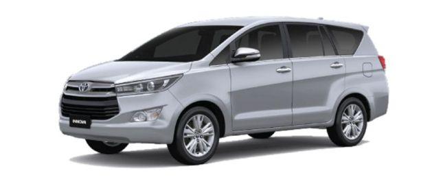Silver टोयोटा Innova Crysta