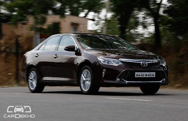 Toyota Camry Hybrid S Price Slashed In Delhi Business