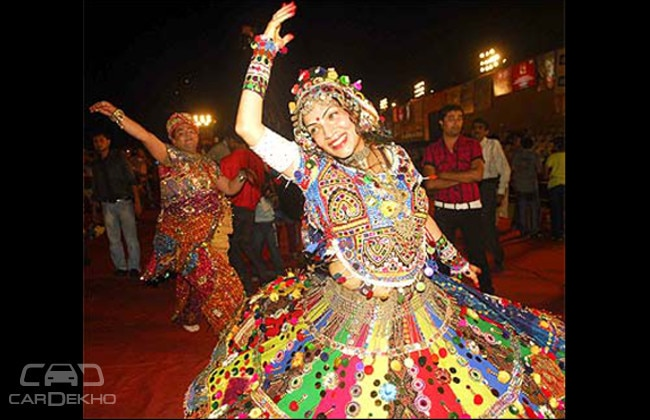 A professional Garbha dancer