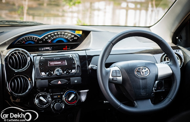 Toyota Etios Cross - Interior