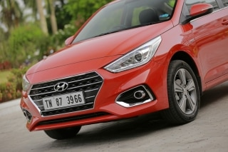 Hyundai Verna Price Check Year End Offers Review Pics Specs