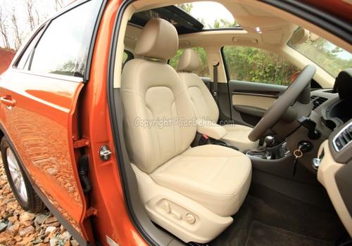 ఆడి ఖ్౩ 30 టిఫ్సి ప్రీమియం FWD